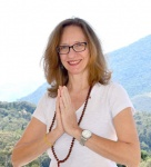 Carmem Lucia M B Machado
